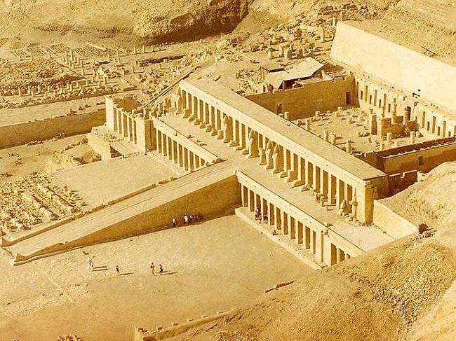 удивительный храм женщины-фараона Хатшепсут