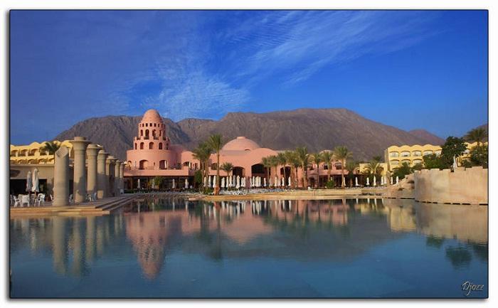 Красочные отели Египта