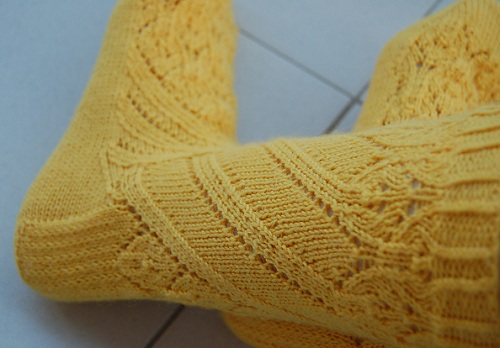 невероятно красивые носки связанные спицами