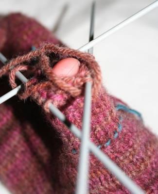 очень подробно по вязанию пальца клином для рукавицы