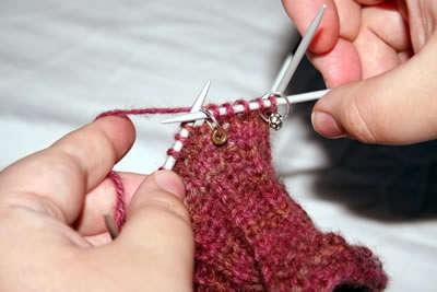 подробное обучение вязания большого пальца варежки клином
