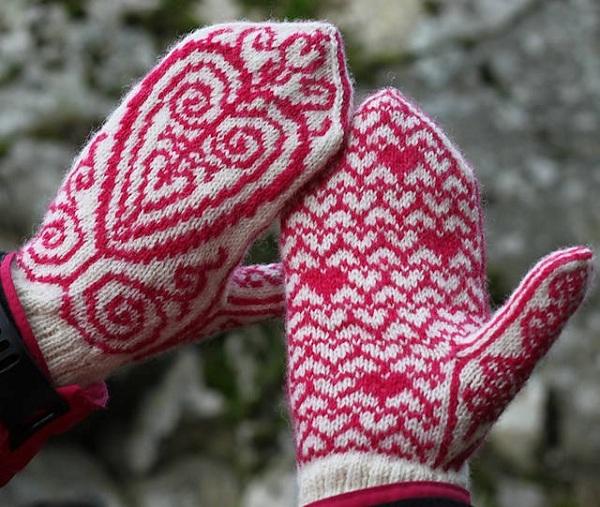 зимние красочные варежки для девушек