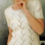 Женский пуловер с короткими рукавами. Вязание спицами.